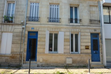 6F2F4B9A-4BE8-49FB-8C8F-90E3706E8F6DxAEt3-quartier-saint-bruno-rue-nauville.html-charsetutf-8